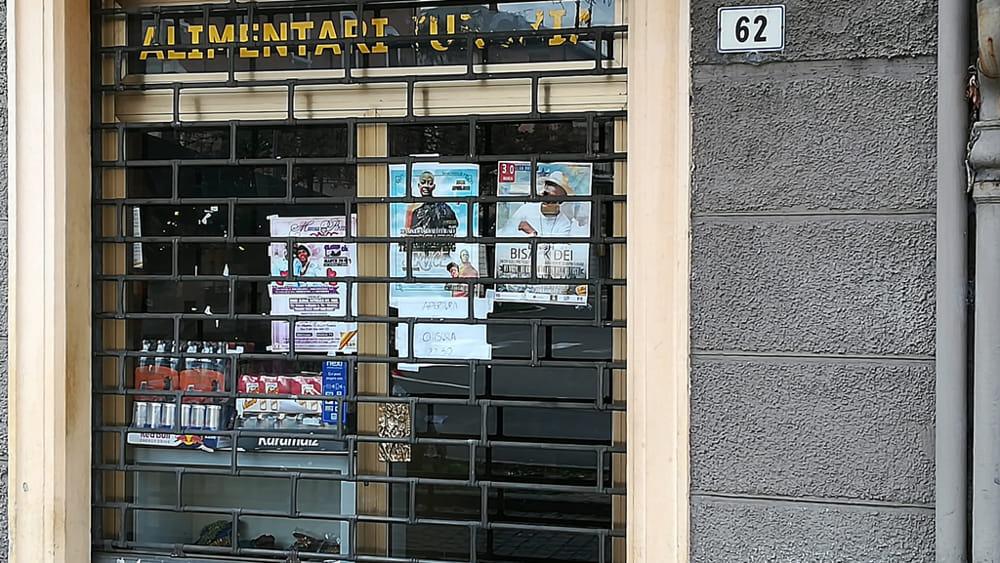 Chiuso in via Piave un negozio etnico \